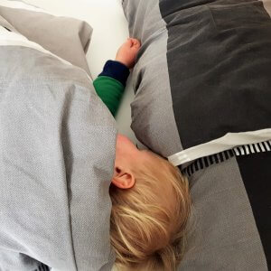 Krümel schläft