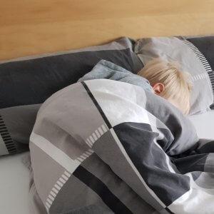 Krümel schläft mittags