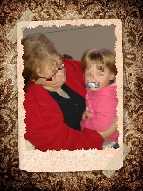 Murmelmädchen mit Oma
