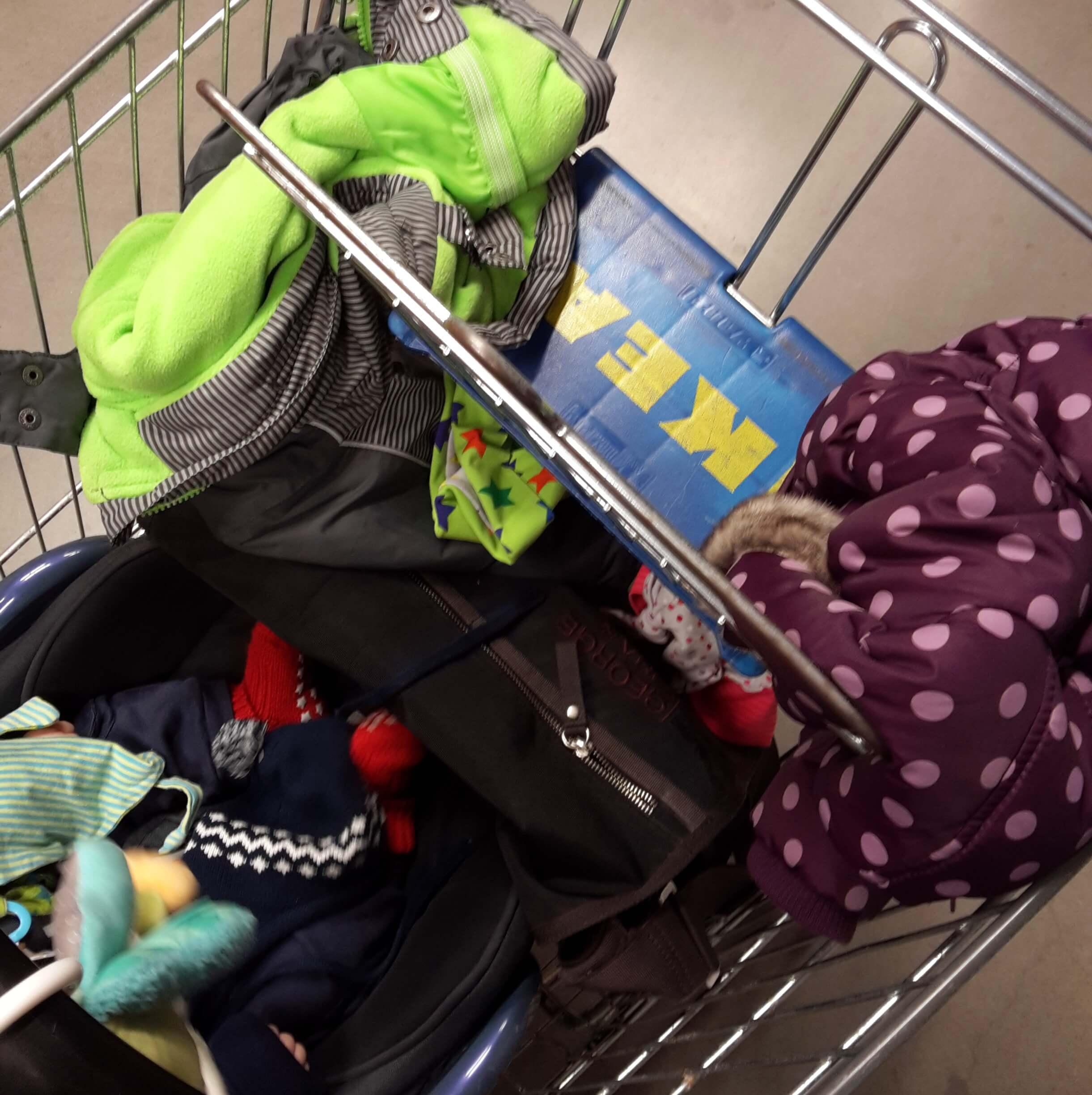 Kinder-Chaos bei IKEA