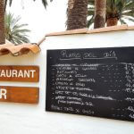 Die gemütliche Bar auf dem Campingplatz Las Palmeras in Sant Pere Pescador