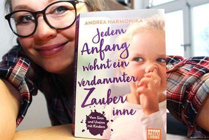 die großartige Andrea Harmonika stellt ihr Buch vor